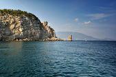 Kayalar ile Blue lagoon — Stok fotoğraf