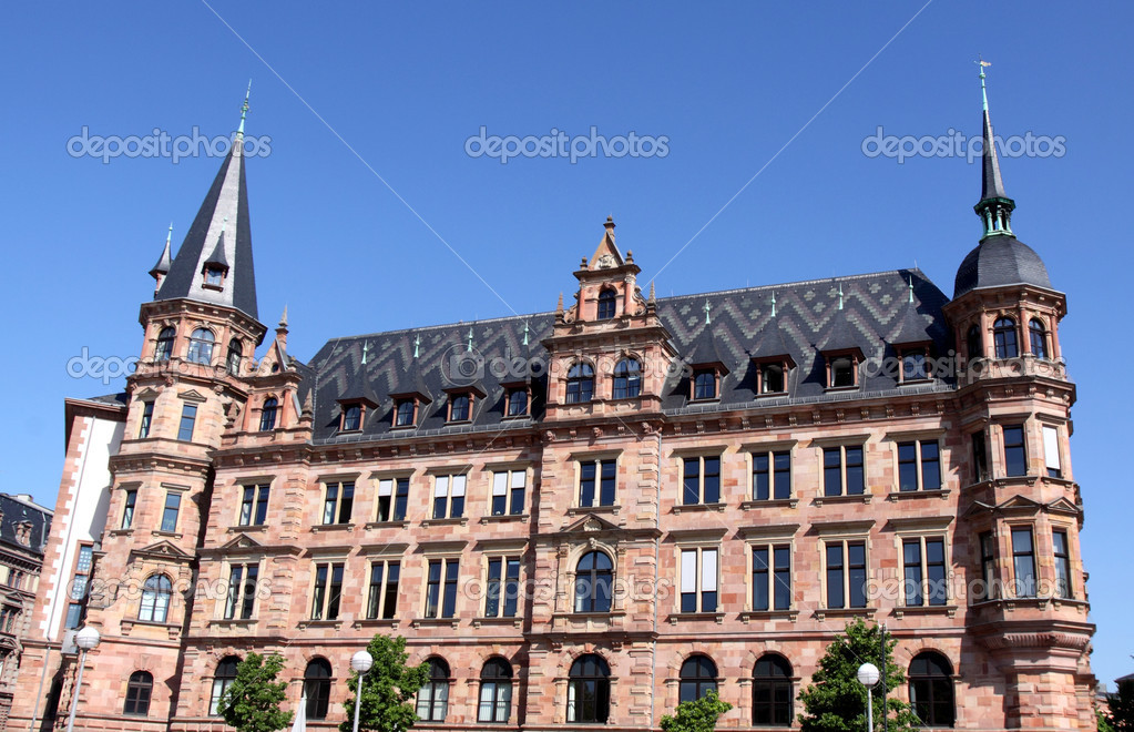 Rathaus in Wiesbaden, Hesse, Gemany — Stock Photo #10520543