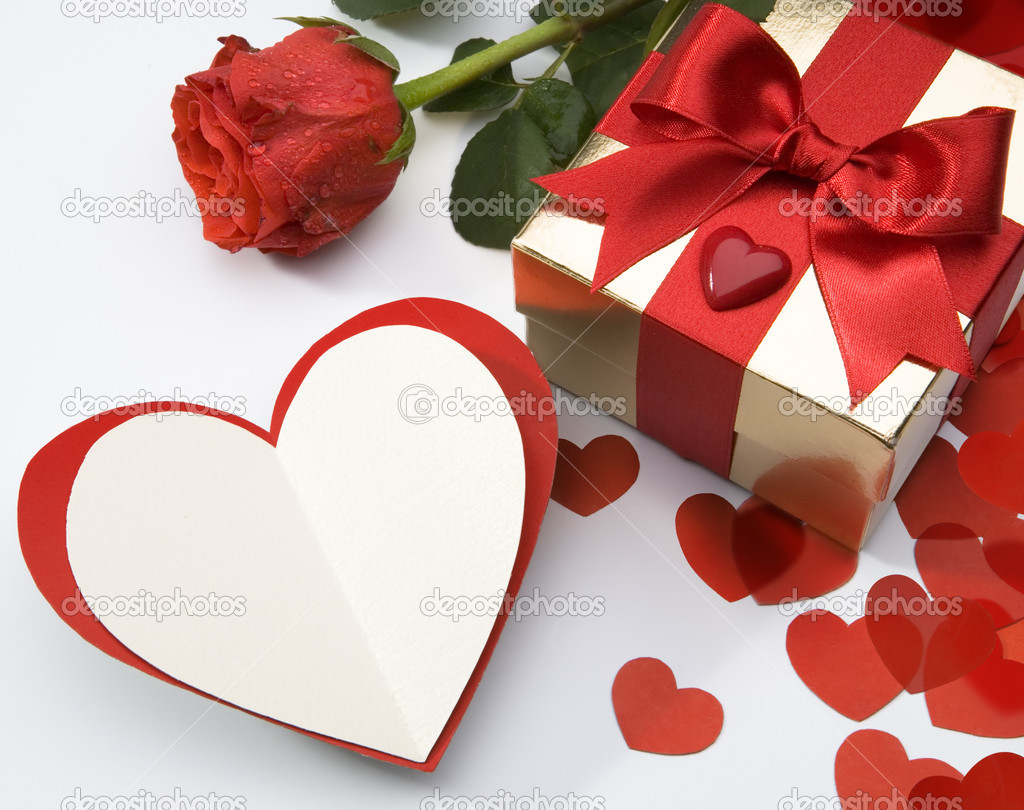 Art valentine's greeting card with a paper card and gift box — Stock Photo #8599267