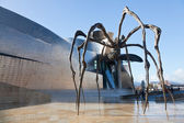 Sculpture at the Guggenheim Museum Bilbao — Stock Photo