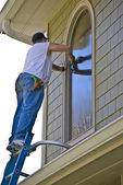 Profesyonel pencere temizleyici — Stok fotoğraf