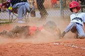 Youth Baseball Player Sliding Into Home — Stock Photo
