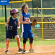 Girl's Softball Base Runner — Stock Photo
