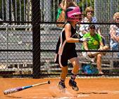 Making a Hit Girl's Softball — Stock Photo
