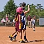 Runner on Base Girls Softball — Stock Photo