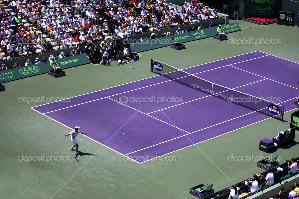 Novak Djokovic at the final match at Sony Ericsson Open in Miami, USA at April 1, 2012.  Djokovic defeating Andy Murray 6-1, 7-6(4) to triumph for the third time at Crandon Park. — Stock Photo #10156844