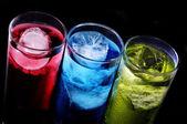 Glasögon med cocktails — Stockfoto