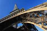 View of famous Eiffel tower — Stock Photo