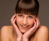 Beauty portrait Portrait of cute happy young brunette girl isola — Stock Photo
