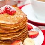 Yummy buttermilk pancakes — Stock Photo #9765819
