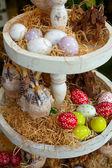 Uova di pasqua e decorazioni pasquali — Foto Stock