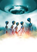 Aliens and UFO — Stock Photo