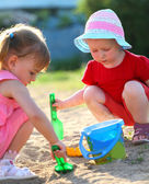 Girls playing in the park — Foto de Stock