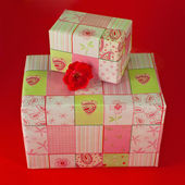 Presents wrapped in pink gift paper - 7 — Stock Photo