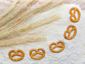 Wheat and cracknel — Stock Photo