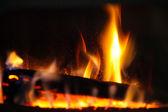 Dziennik drewna w kominku — Zdjęcie stockowe