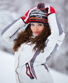 Beautiful young woman outdoor in winter — Stock Photo