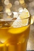 Roestige spijker cocktail — Stockfoto
