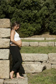 Beautiful pregnant woman relaxing — Stok fotoğraf