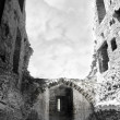 Inside carrigafoyle castle ruins — Stock Photo