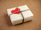 Vintage Valentines Day gift box — Stock Photo