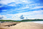 Girvan, Scotland, sunny beach with relaxing — Stock Photo