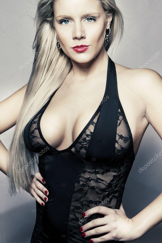escort ung stora svarta bröst