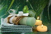 Cosmetic cream in gift packing - organic cosmetics — Stock Photo