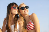 Teens on summer vacation or spring break — Foto Stock