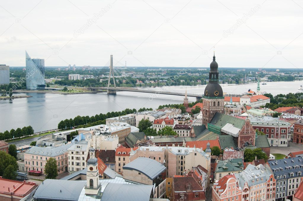 View over Old Town of Riga, Latvia — Stock Photo #9027631