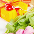 Pink tulips and gift box — Stok fotoğraf
