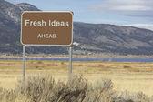 Дороги знак - впереди серии - свежие идеи — Стоковое фото
