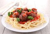 Spaghetti and meatball — Stock Photo