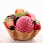 Ice cream — Stock Photo #10386627