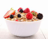 Cereals with berry fruit — Stock Photo
