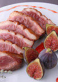 Duck breast and fig sauce — Stock Photo