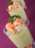 Avocado and shrimp — Stock Photo