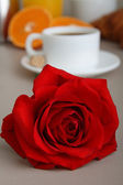 Coffee and rose — Stock Photo
