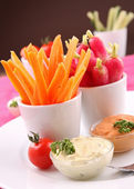 Vegetables and dips — Stock Photo