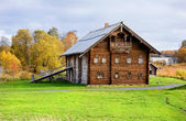 Old wood house — Stock Photo