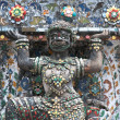 Ancient figure  in Wat Arun, Bangkok Thailand — Стоковая фотография