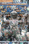 Ancient figure in Wat Arun, Bangkok Thailand — Stock Photo