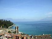 Sirmione en el lago de garda en italia — Foto de Stock