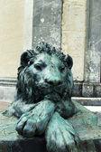 Bronz heykel aslan — Stok fotoğraf