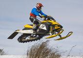 Snowmobile racing — Stock Photo