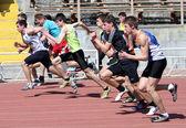 Jongens op de 100 meter race — Stockfoto