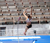 Pole vault competition — 图库照片