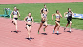 Girls on the 200 meters race — Stock Photo