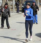 Femme non identifiée à la 20.000 mètres course à pied — Photo