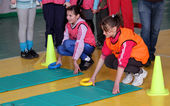 Unidentified children on IAAF Kid's Athletics competition — Stock Photo